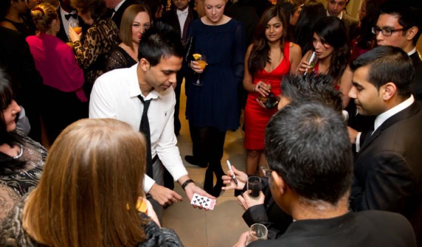 Epsom Downs Asian Wedding Magician | Dr Magic, London